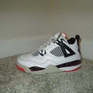 Nike Air Jordan 4 Retro Bred Little Kids Shoes
